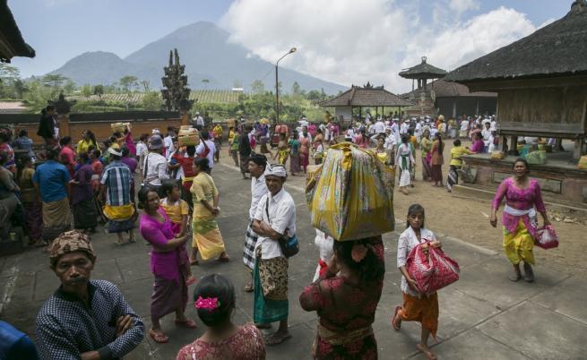 Евакуация на о-в Бали