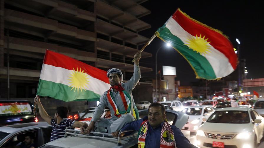 Празненствата по улиците на Ербил след вота в неделя