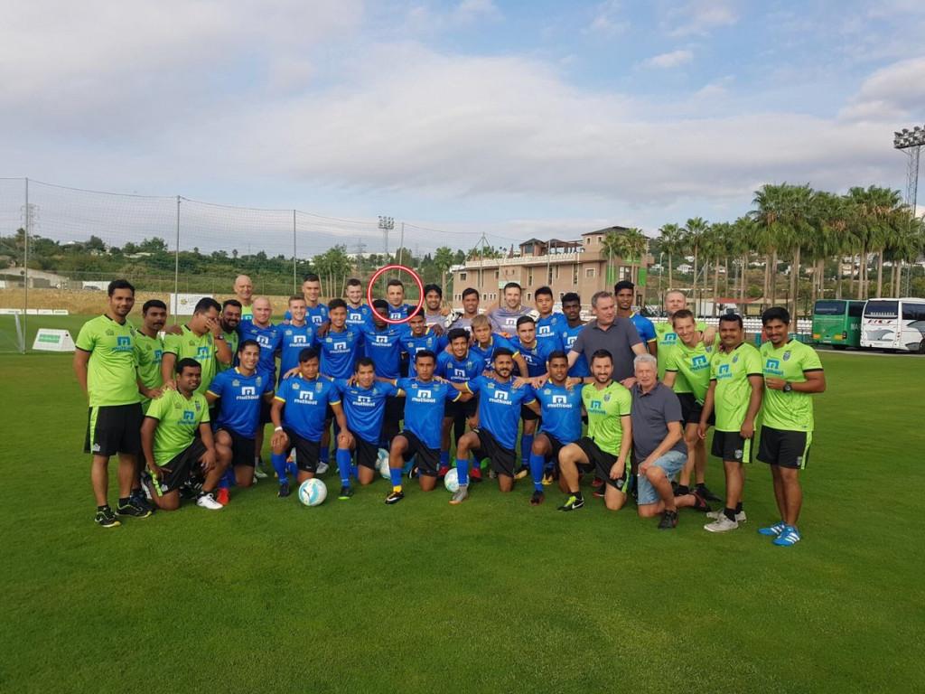 Бербатов и съотборниците му с първа тренировка<strong> източник: twitter.com/KeralaBlasters</strong>