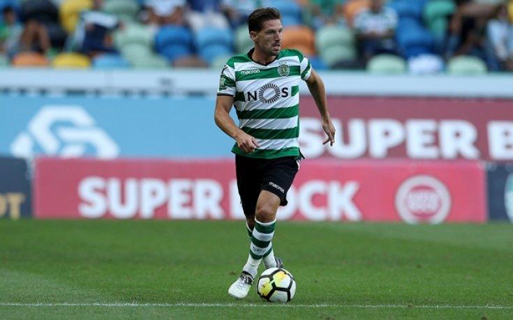 ФИФА отхвърли жалбата на Лестър за Адриен Силва