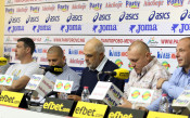Футболисти, треньори и фенове на Спартак Вн: Искаме общината за собственик отново