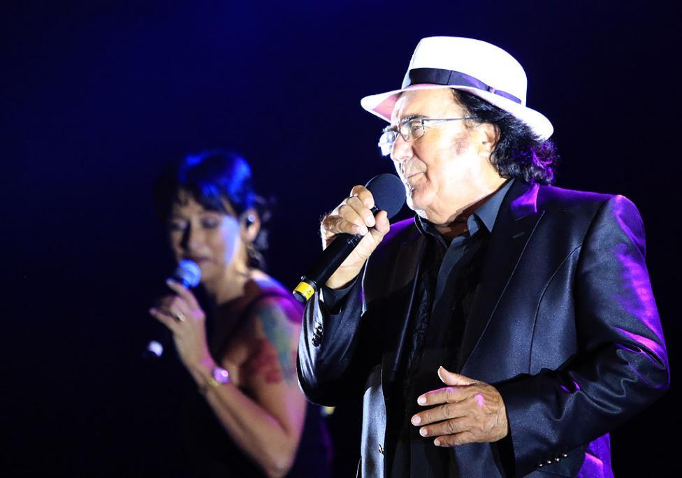 Сн. 2  - Италианският певец Ал Бано с новия си спектакъл в НДК. Той излезе на сцената с виртуозите от Софийска филхармония, И представи всичките си големи...