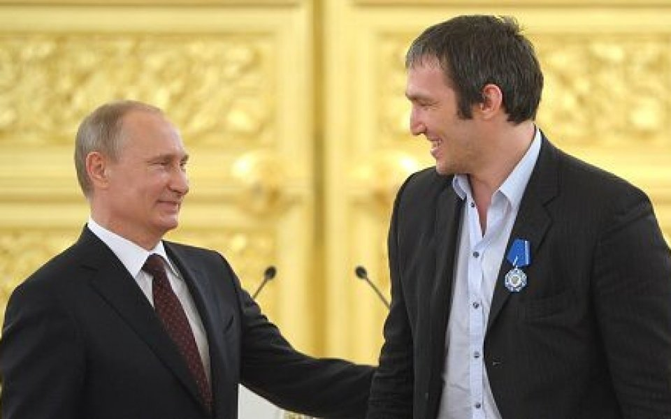 Да живее дружбата - Овечкин с мило пожелание за Путин