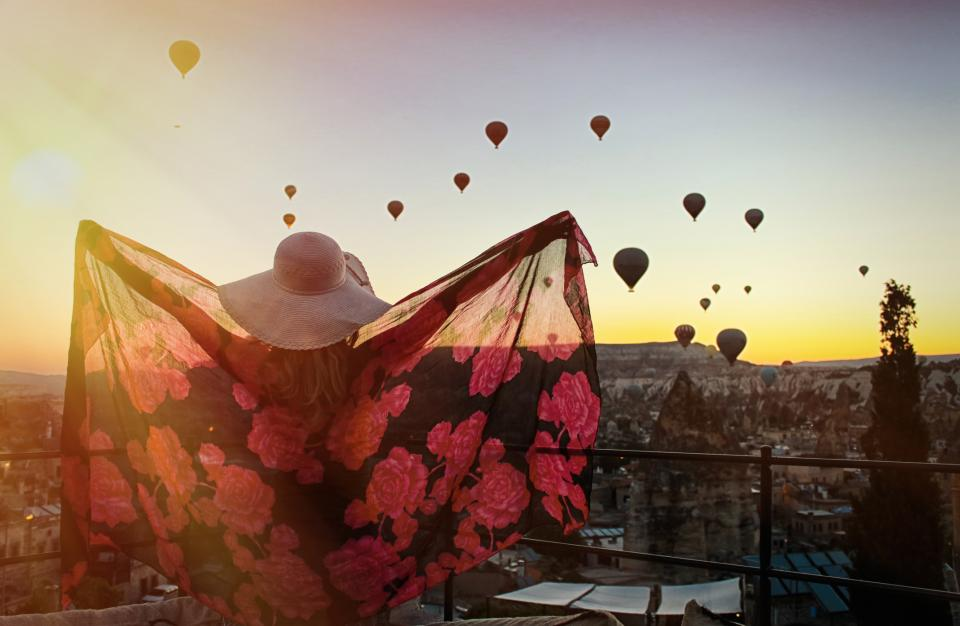 хармония балони жена щастие
