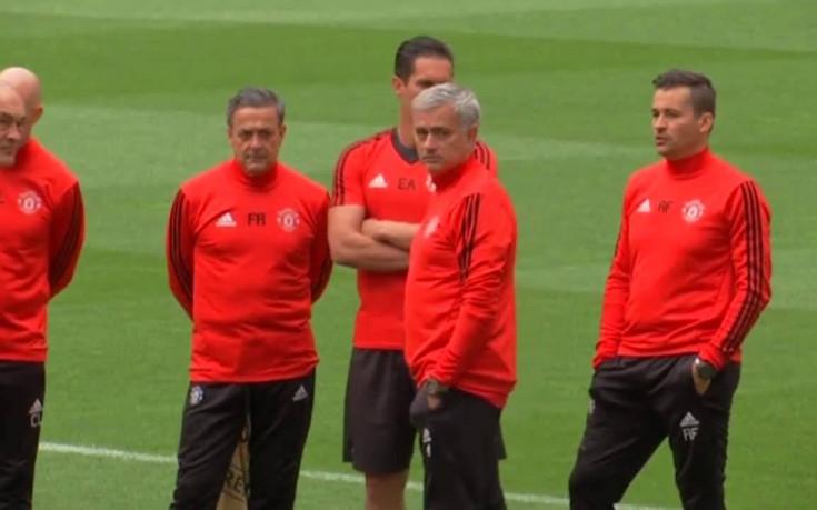 Контузен защитник се появи при Юнайтед