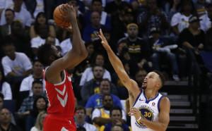 Хюстън с инфарктна победа на старта на НБА