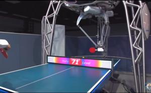 Поиграйте тенис на маса с робот