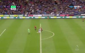 Катастрофален гаф от Линдельоф, Юнайтед затъва в резултата