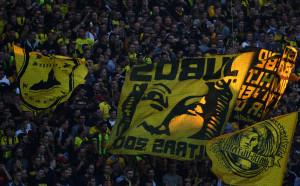 Невероятните фенове на Дортмунд - подкрепят отбора дори на магистралата!