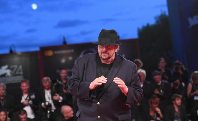 Нов секстормоз в Холивуд - сценарист притискал десетки жени