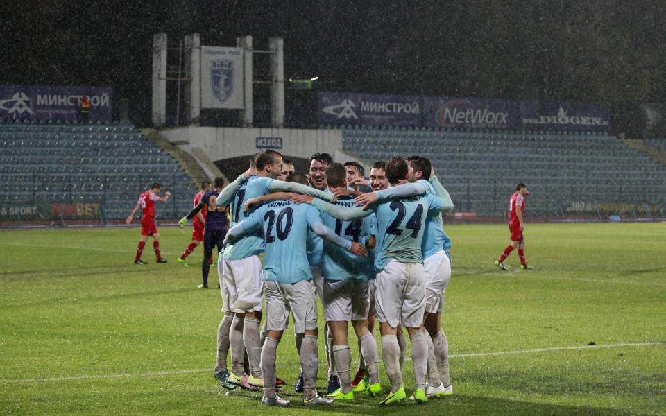 Дунав загуби от отбора на Стойчо Младенов