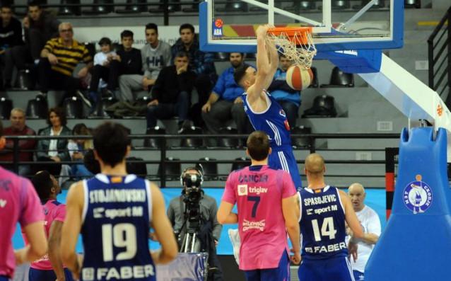 Данчо Минчев отново в игра при загуба от сърби