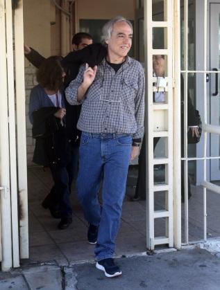 Димитрис Куфодинас излиза в домашен отпуск от затвора