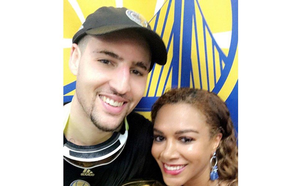 Африканска красавица омая НБА звезда