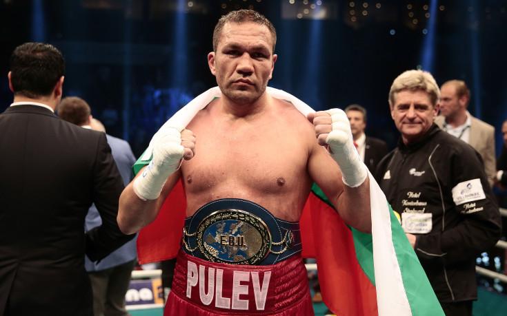 Хърн призна: Бой с Пулев е по-вероятен в България