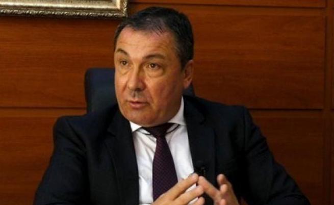 Задържаха кмета на Несебър, повдигнаха му обвинения