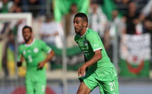 Треньорът на Алжир изпепели журналист, зачекнал Марез