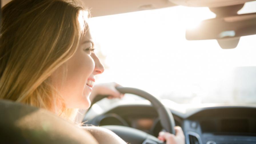 Една привилегия на жените пред мъжете, докато шофират
