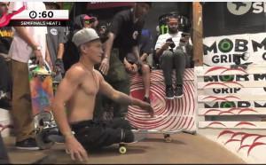 Скейтбордист без крака прави чудеса