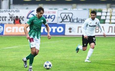 Трансферът на Райнов в Левски пред провал