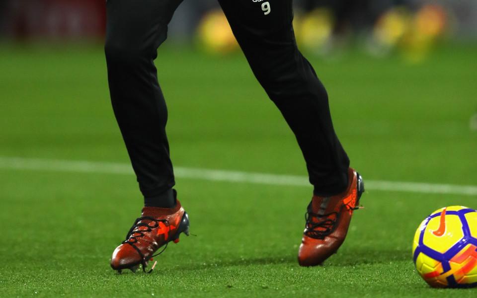 Футболистите в шампионата на Румъния може да бъдат наказвани с