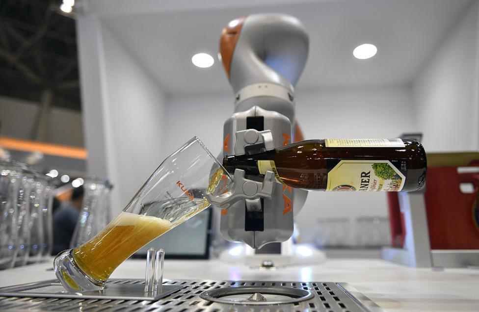 - Международна изложба на роботи в Токио, Япония. Повече от 600 компании и организации представят своите най-нови роботи до 2 декември.