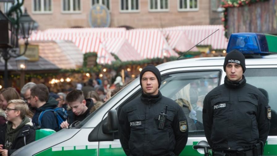 Окриха експлозиви на коледен базар в Германия