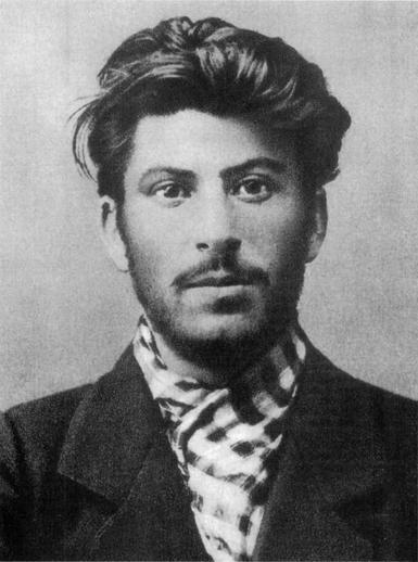 - Йосиф Сталин, 1902 г.