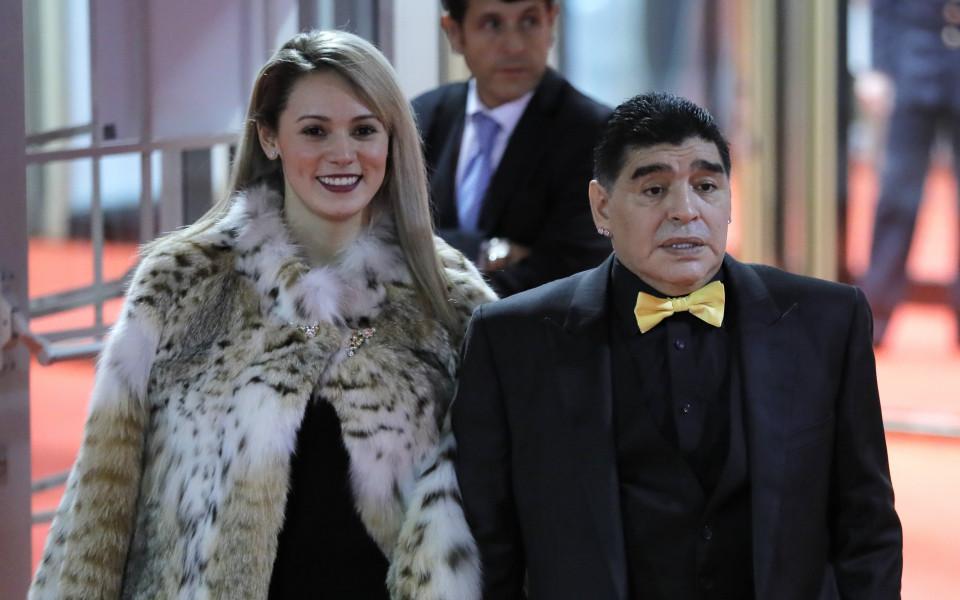 Любовната афера между Диего Армандо Марадона и Росио Олива официално