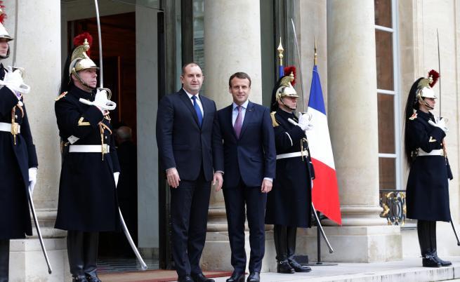 При визитата си във Франция Радев бе официално приет в Елисейския дворец