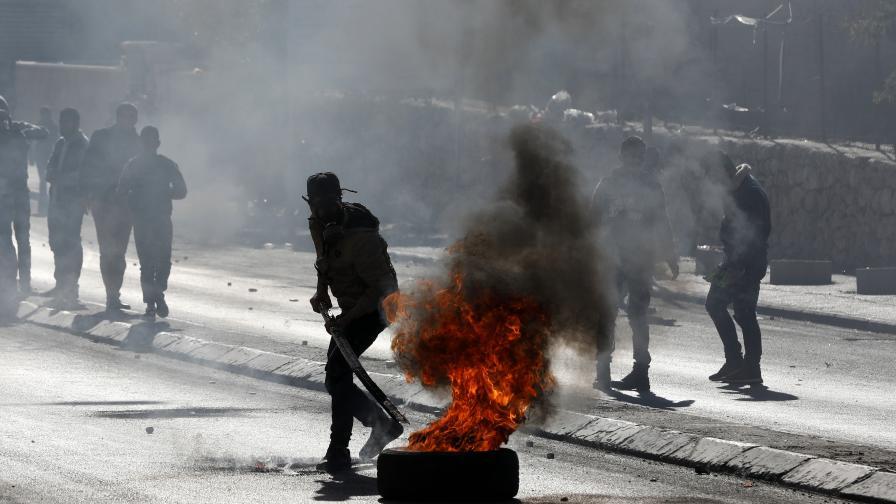"""Кръв, жертви и ракети в """"Деня на гнева"""" заради Йерусалим"""