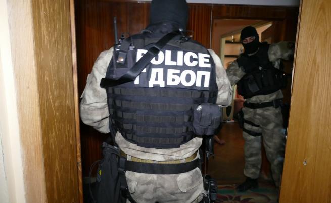 ГДБОП разби две наркогрупи край София, шестима са арестувани