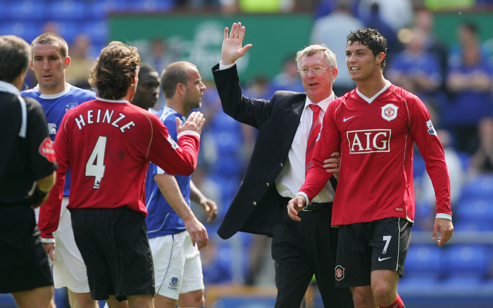 Как Реал и Арсенал ускорили трансфера на Роналдо в Юнайтед?