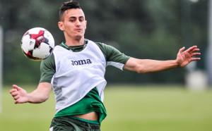 Георги Костадинов остана без треньор в Хайфа