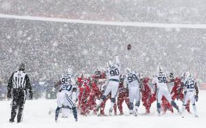 Американски футбол насред снежна буря в Бъфало