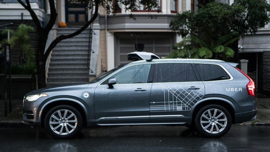 Uber и Waymo ще изучават вредите от автономните коли