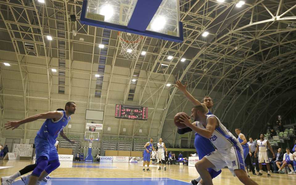 Левски с драматична победа в Балканската баскетболна лига
