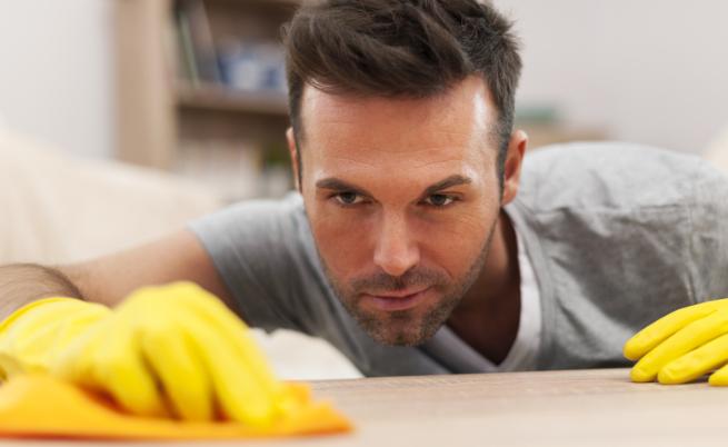 10 неща, които всеки мъж трябва да изхвърли от дома си