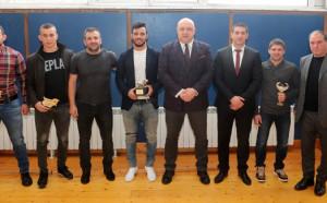Спортният министър награди призьорите в борбата