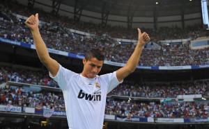 Роналдо започна да изннудва Реал, иска заплатата на Меси или си тръгва