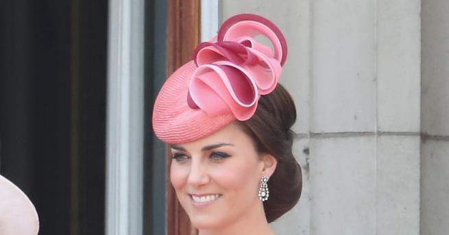 Често виждаме херцогинята на Кеймбридж Кейт Мидълтън да присъства на