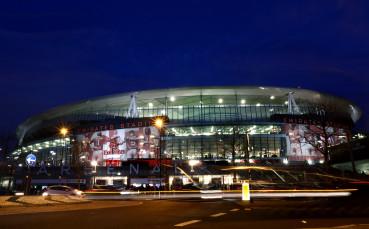 Бюджетните съкращения в Арсенал продължават