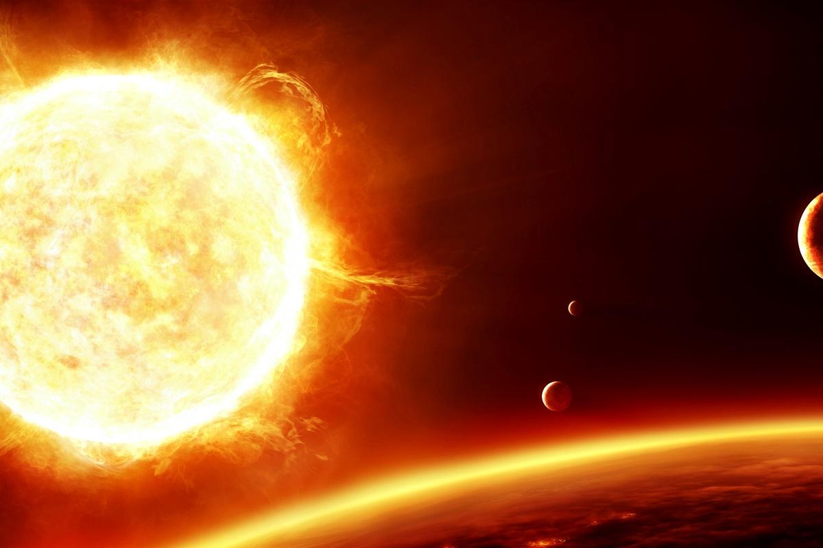 """Слънце<br /> ДеГрас отбелязва, че Слънцето определено не е място, което хората биха искали да посетят. """"Ще се изпарите доста бързо"""", казва той.<br /> Продължителност на живота човек на Слънцето – по-малко от секунда."""
