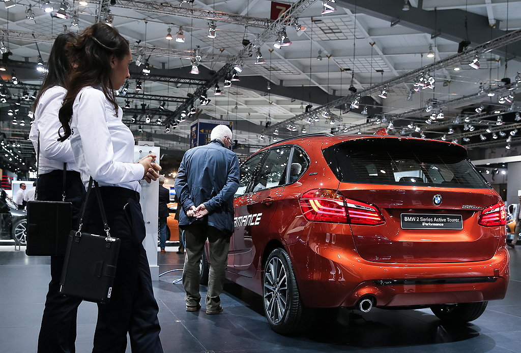 BMW 2 Series Active Tourer i performance