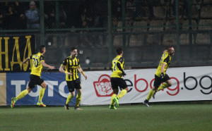 Ботев преотстъпи двама свои футболисти