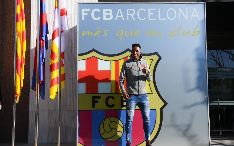 Новото попълнение на Барселона се запозна с Меси и компания