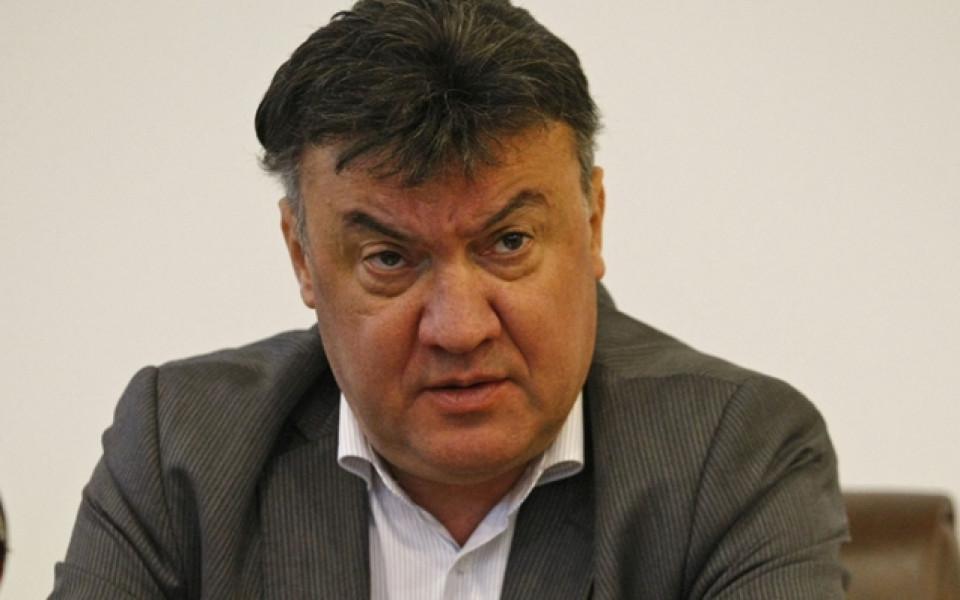 Михайлов: Скандалът с полиграфа се решава от компетентните органи, не от БФС
