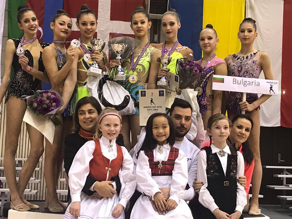 Медали за гимнастичките ни<strong> източник: www.facebook.com/BGRGfederation/</strong>