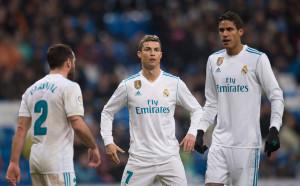 Реал Мадрид по-близо до изпадащите, отколкото до Барселона