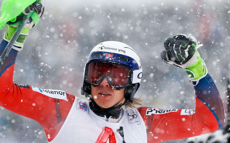 Хенрик Кристоферсен постигна първа победа за сезона